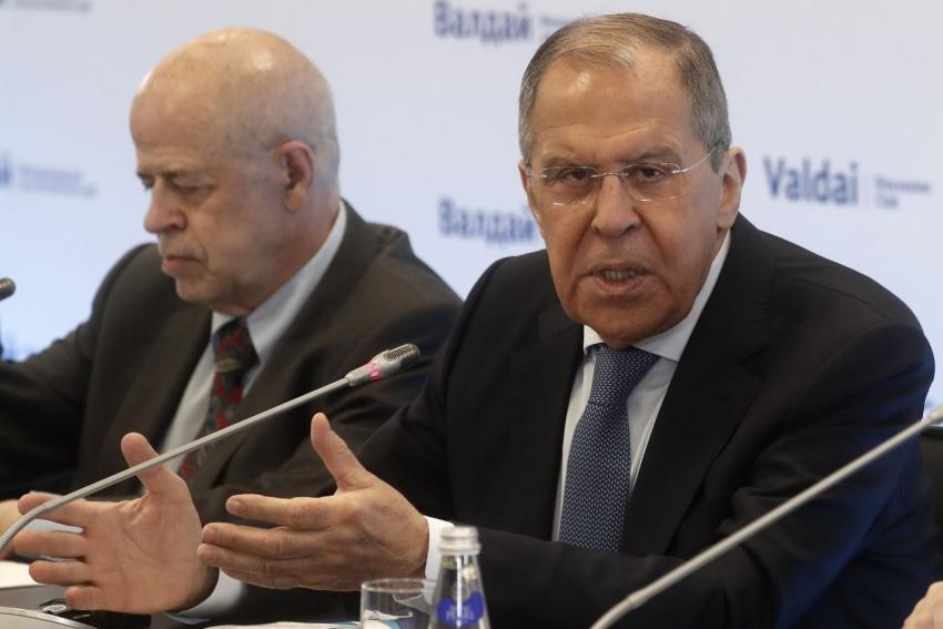 """Lavrov: """"Türkiye ile ilişkilere değer veriyoruz"""""""