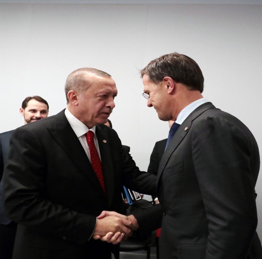 Hollanda Başbakanı Mark Rutte ile görüştü