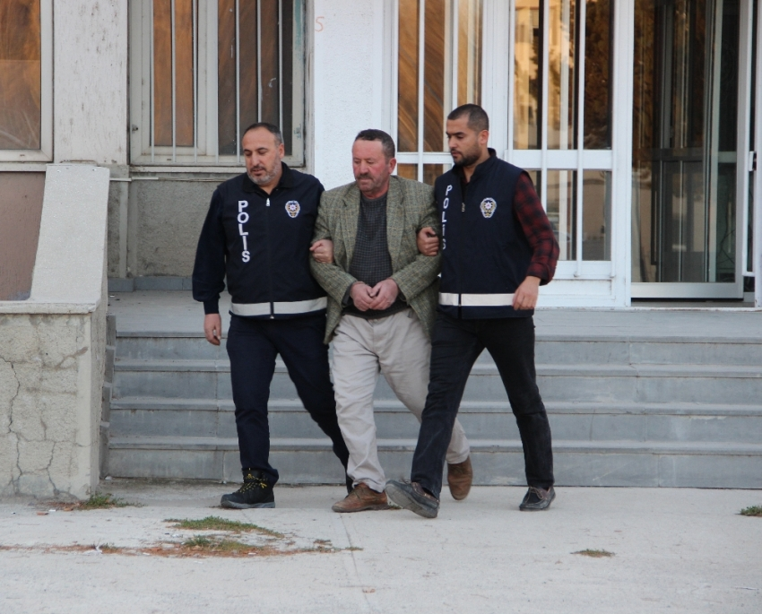 Terörist başı Gülen'i öven şahıs gözaltında