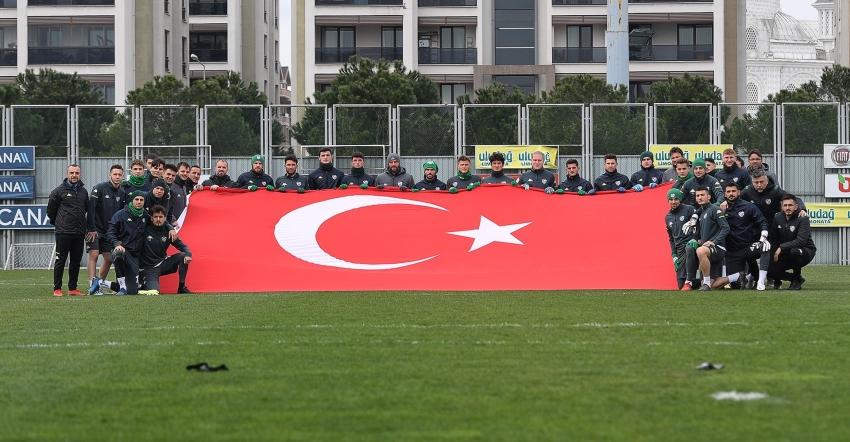Bursaspor Çanakkale Zaferini Andı