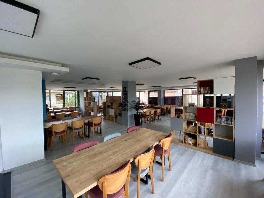 Samsun'un ilk özel kütüphanesi açıldı