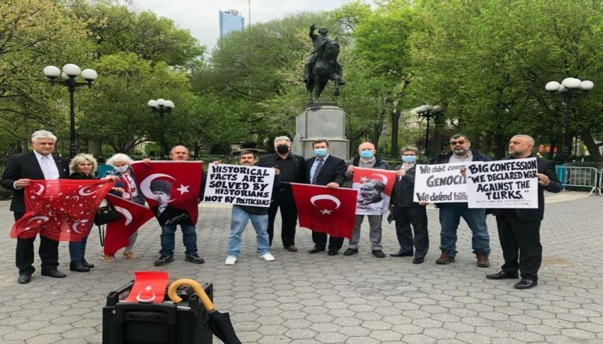 New York'taki Türklerden protesto