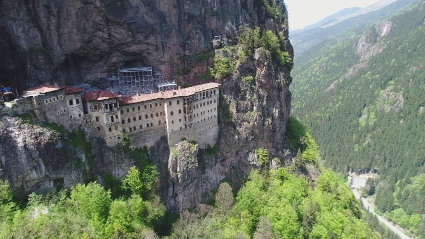Sümela Manastırı yarın ziyarete açılıyor