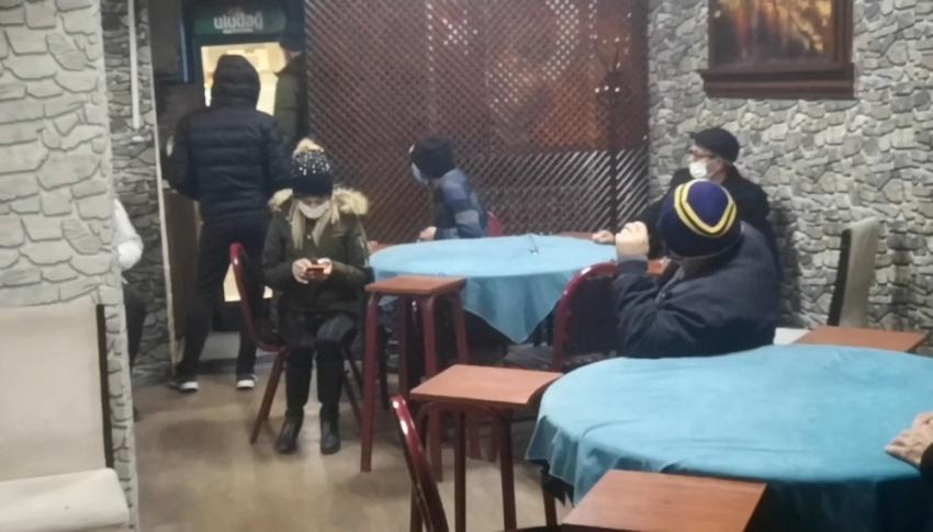 Bursa'da alkollü kumar...