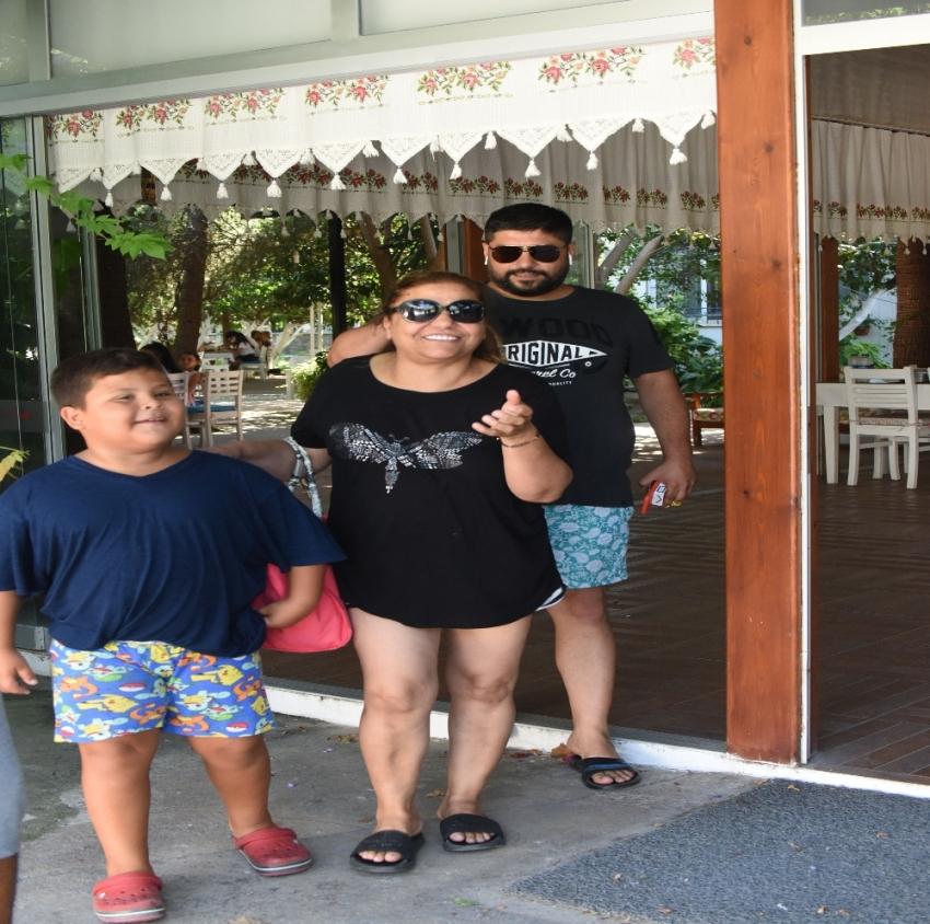 Kibariye'den aile pozu