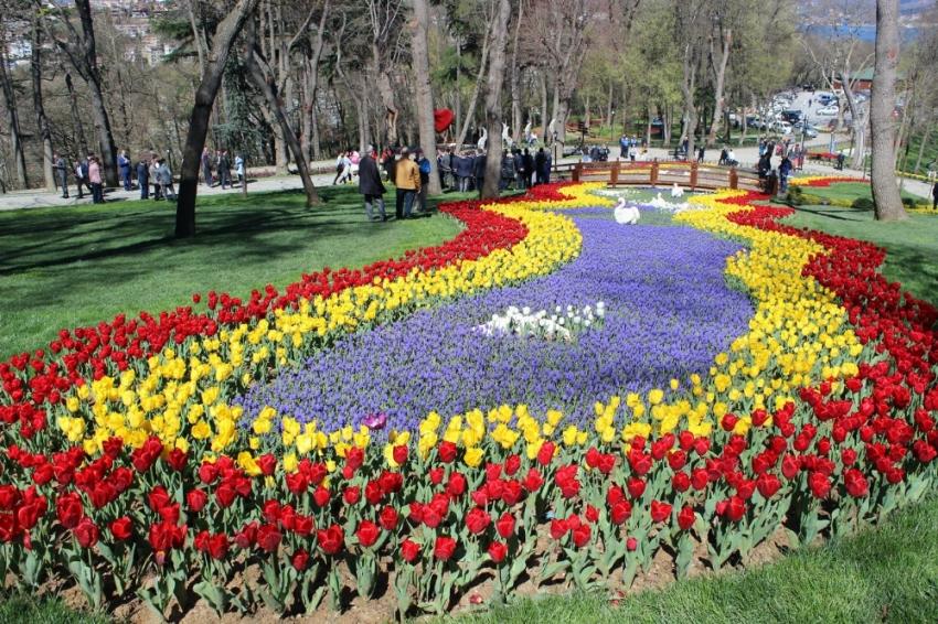 İstanbul Lale Festivali başladı