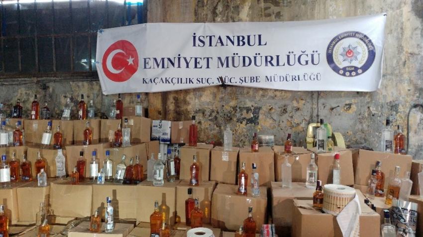 İstanbul'da dev kaçakçılık operasyonu