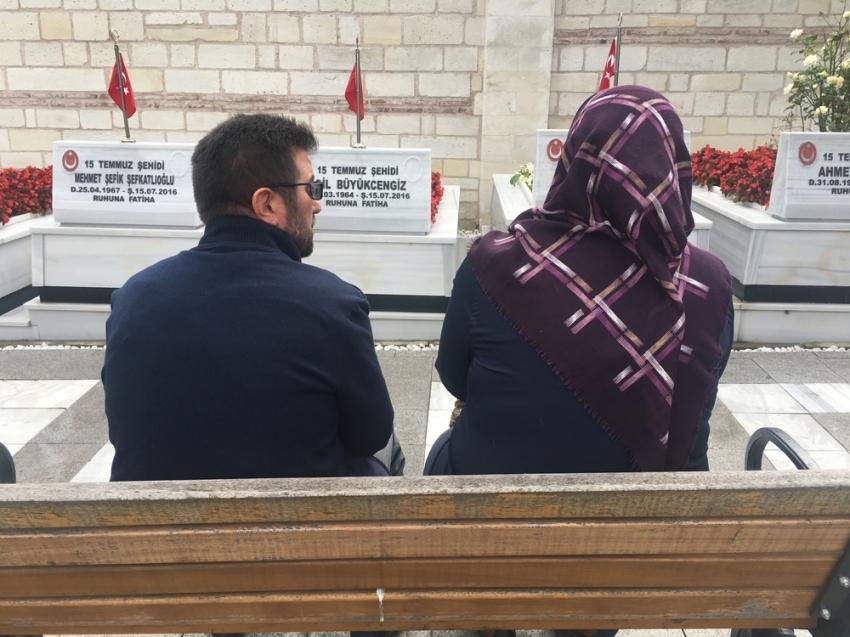 15 Temmuz'un yıl dönümünde vatandaşlar şehitlikte dua etti