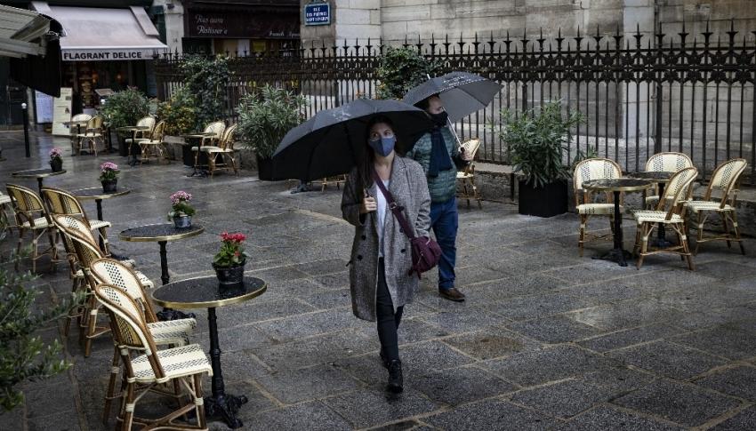 Fransa'da Covid-19 vaka sayısı 500 bini aştı