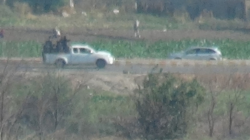 Kamışlı'da devriye atan Rus askerleri ve terör örgütü üyeleri görüntülendi