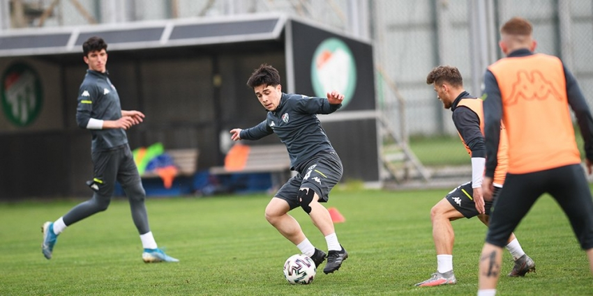 Bursaspor Samsunspor maçı hazırlıklarını sürdürüyor