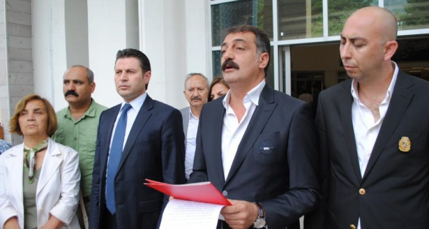 CHP'den Halaçoğlu'na '1 TL'lik tazminat davası
