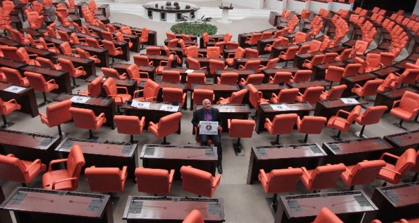 CHP'li vekilden Meclis'te 24 saatlik eylem