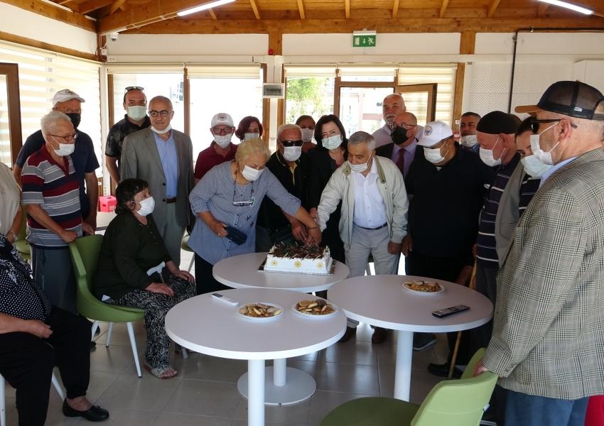 Bursa'da babalar günü kutlaması
