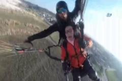 Çinli turist gökyüzünde bayıldı