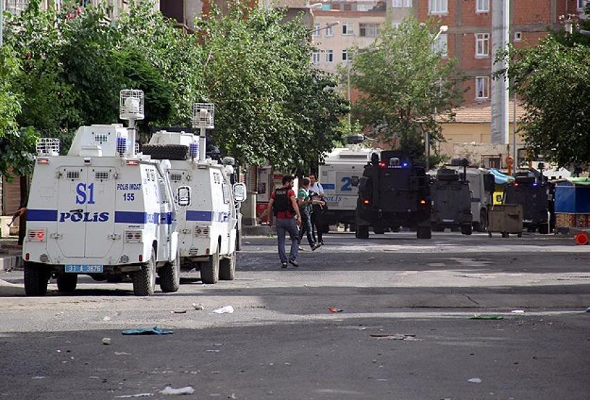 Diyarbakır'daki saldırıyla ilgili 14 kişi yakalandı
