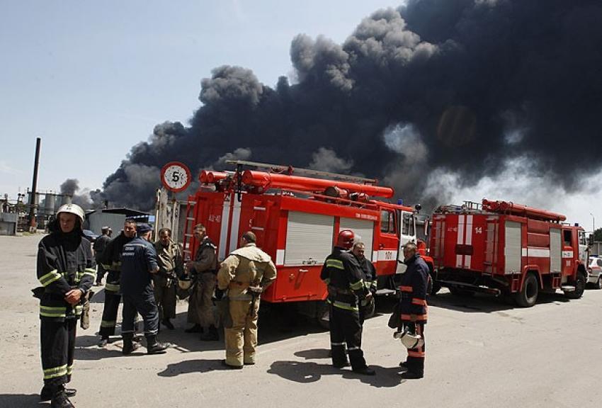 Ukrayna'da petrol deposunda çıkan yangında 4 kişi öldü