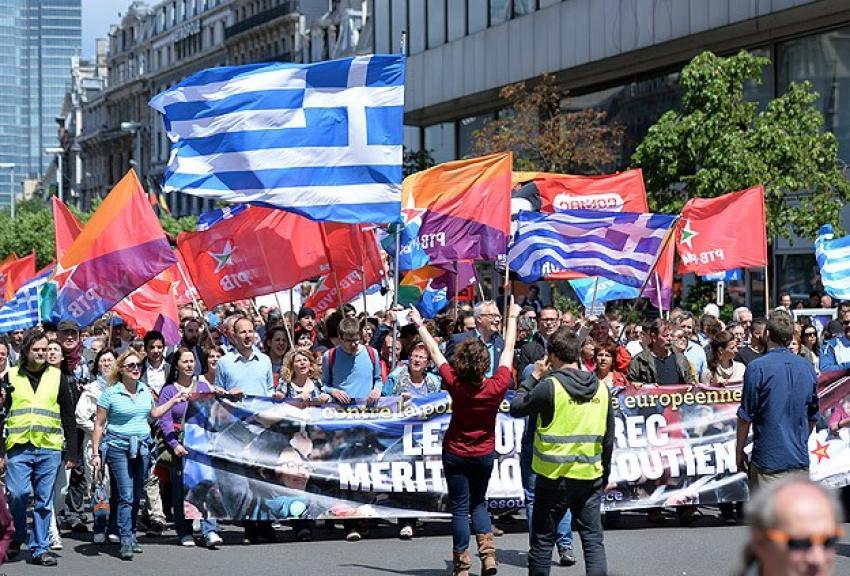 Yunanistan hükümetine destek yürüyüşü