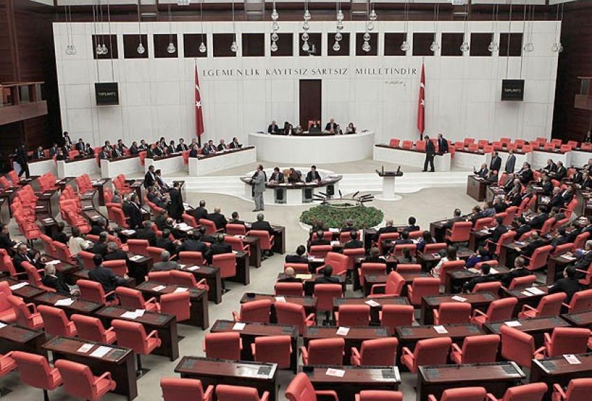 Kayıt yaptıran milletvekili sayısı 524'e ulaştı