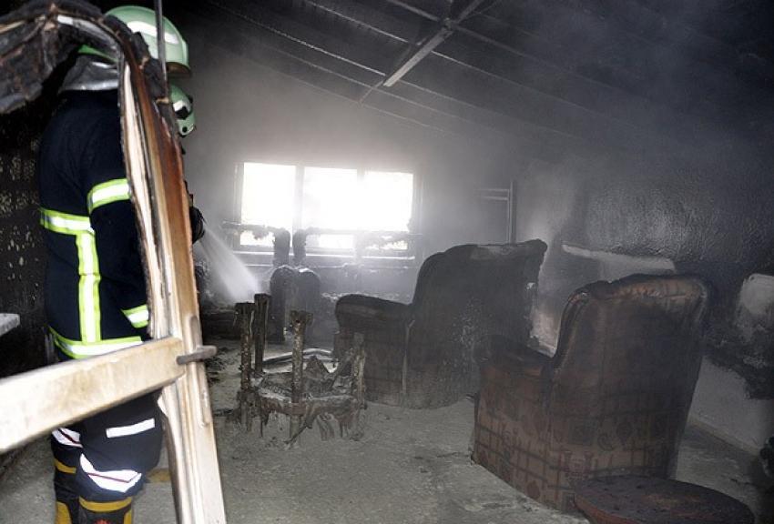 Huzurevinde yangın dehşeti! 16 ölü