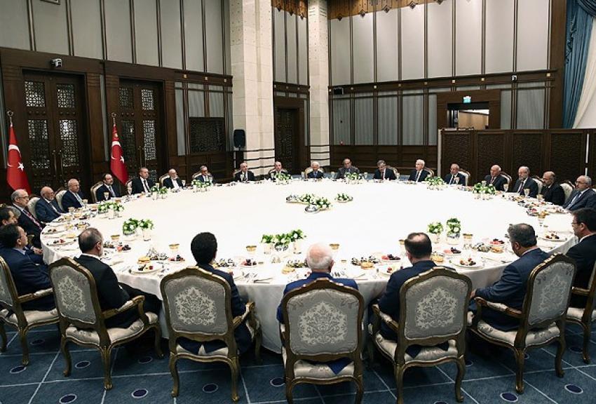 """Erdoğan'dan """"iftar masası"""" iddialarına tazminat davası"""