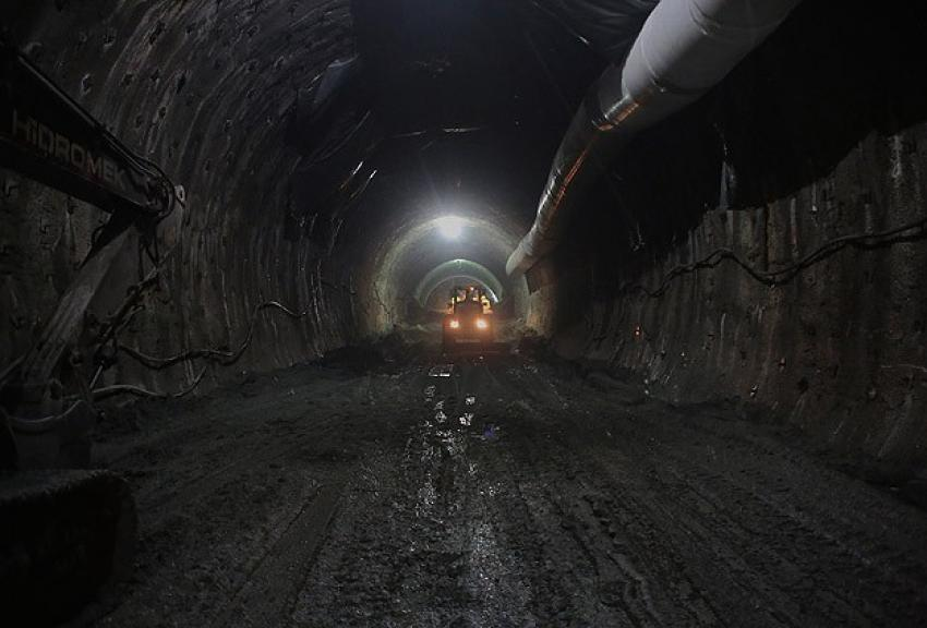 Kop Tüneli'nde ışığa doğru