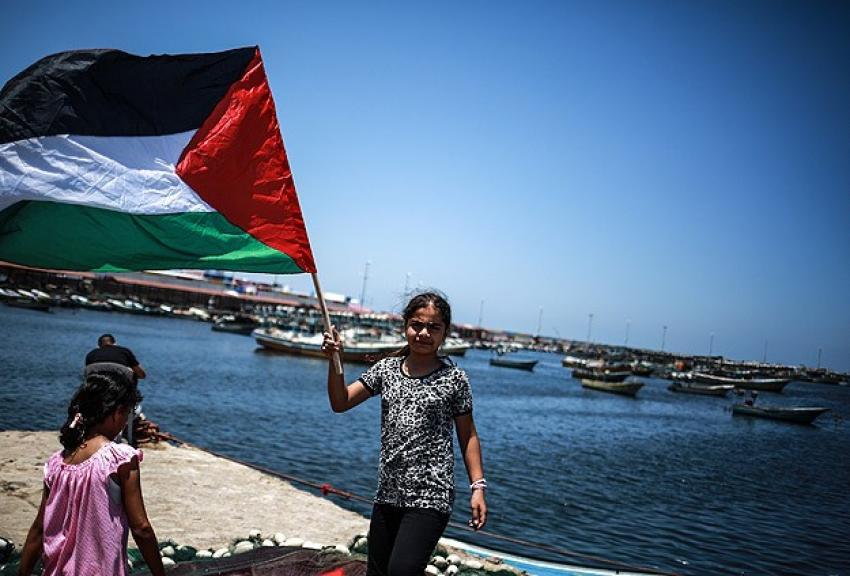 İsrail 15 aktivisti hala gözaltında tutuyor