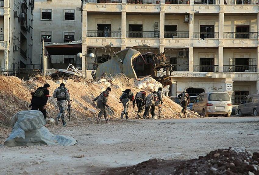 Halep'te çatışmalar sürüyor