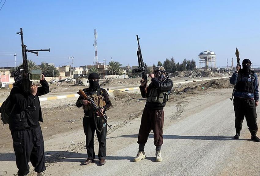 DAEŞ Iraklı bir gazeteciyi öldürdü