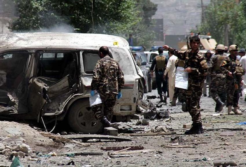 Afganistan'da iftar vakti camiye bombalı saldırı! 25 yaralı