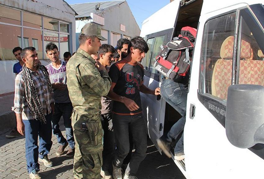 Kaçakların yardımına Mehmetçik yetişti