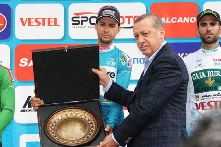 İstanbul etabını Lluis Mas Bonet birinci tamamladı