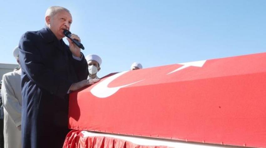 Cumhurbaşkanı Erdoğan, 11 şehidimizin cenaze töreninde konuştu
