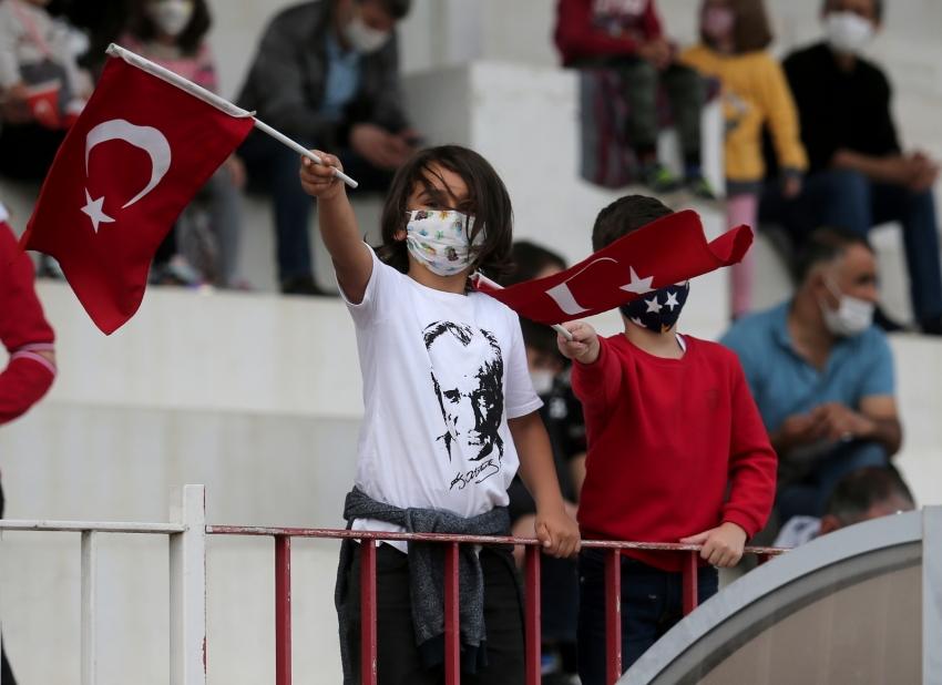 """Gemlik'te """"Cumhuriyet""""i hep birlikte yükselttik!"""