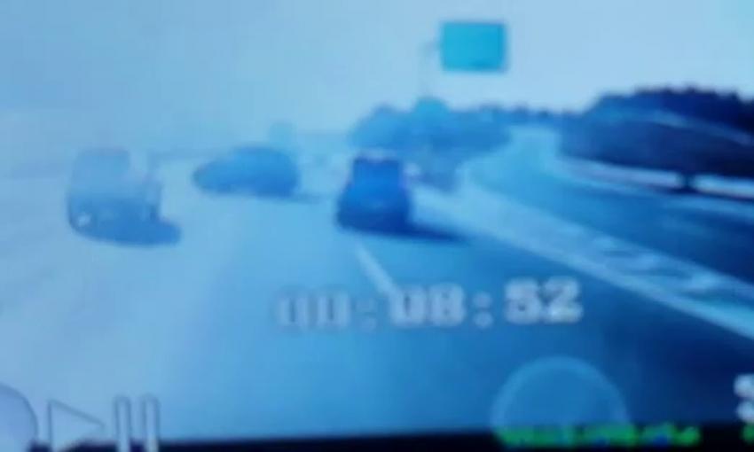 Dikkatsiz sürücünün sebep olduğu zincirleme kaza