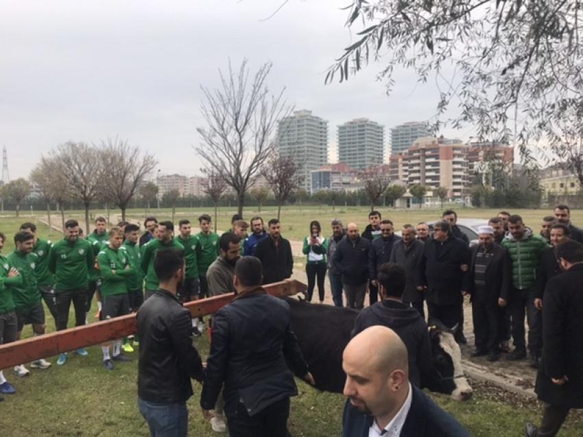 Bursaspor kurban kesti