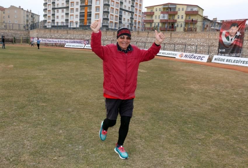 Mide kanserini sporla yendi