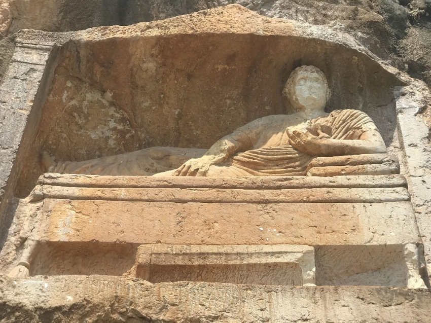 2.400 yıllık 'Adam Kayalar' hayran bırakıyor