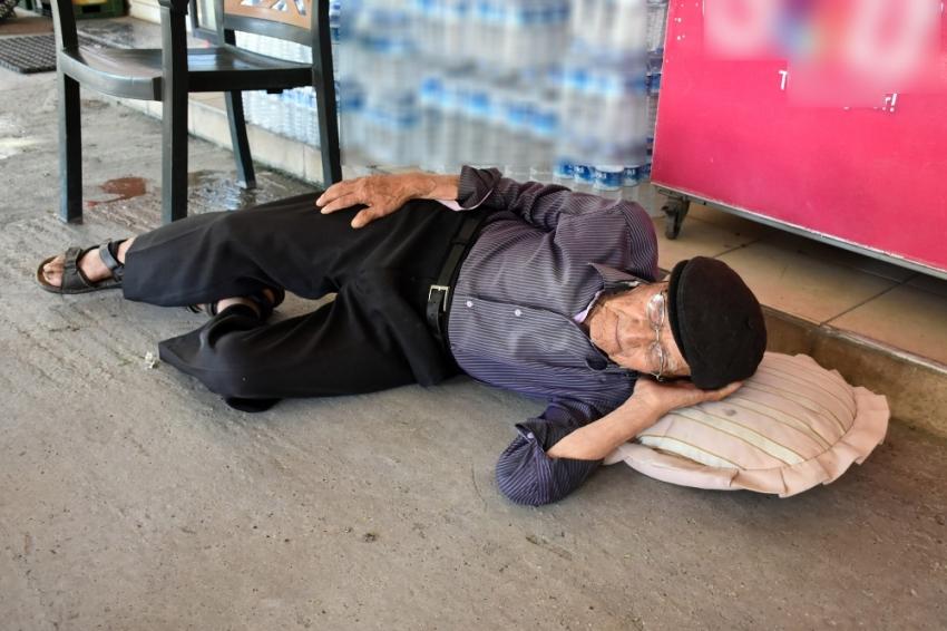 105 yaşında sokakta kaldı