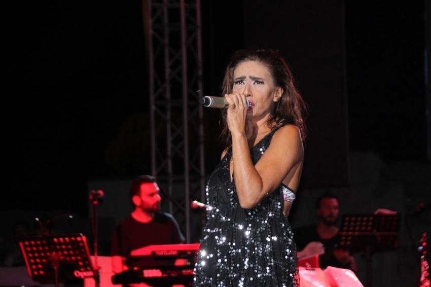Yıldız Tilbe konserinde rekor bilet satışı!