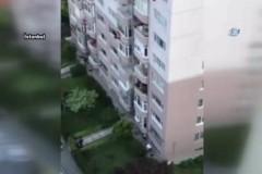 Daha fazla tutamadı: Eşi 8'inci kattan aşağı düştü
