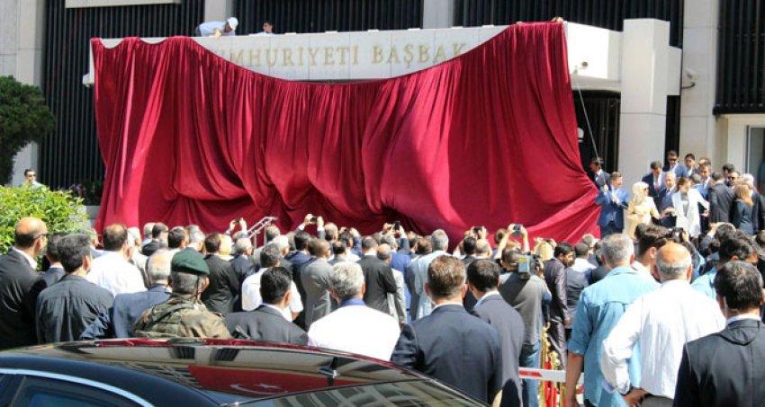 İzmir'de  Başbakanlık Ofisi açıldı!