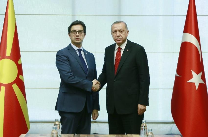 Erdoğan, Kuzey Makedonyalı mevkidaşıyla ile görüştü