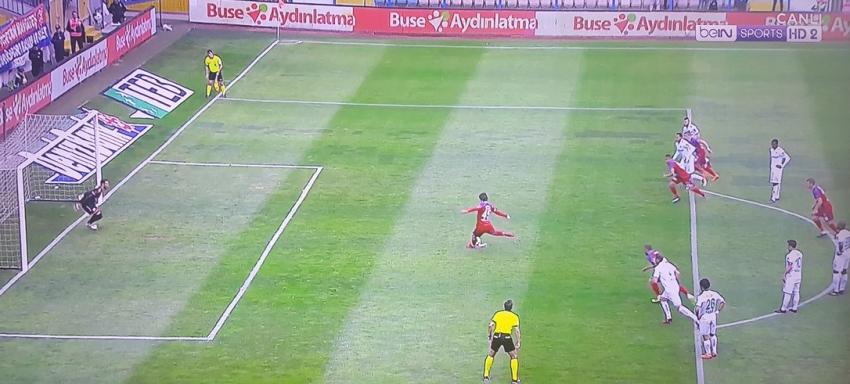 Harun Tekin penaltıyı kurtardı ama...