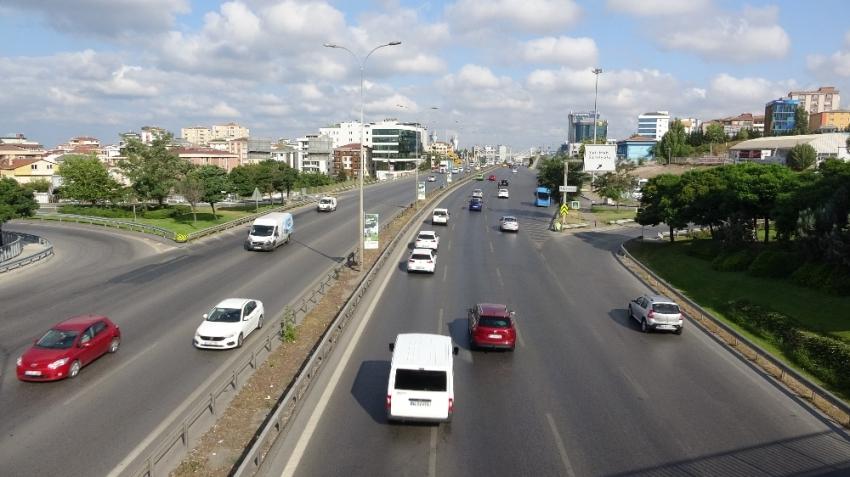 Bayram tatili nedeniyle İstanbul boşaldı, trafik rahatladı