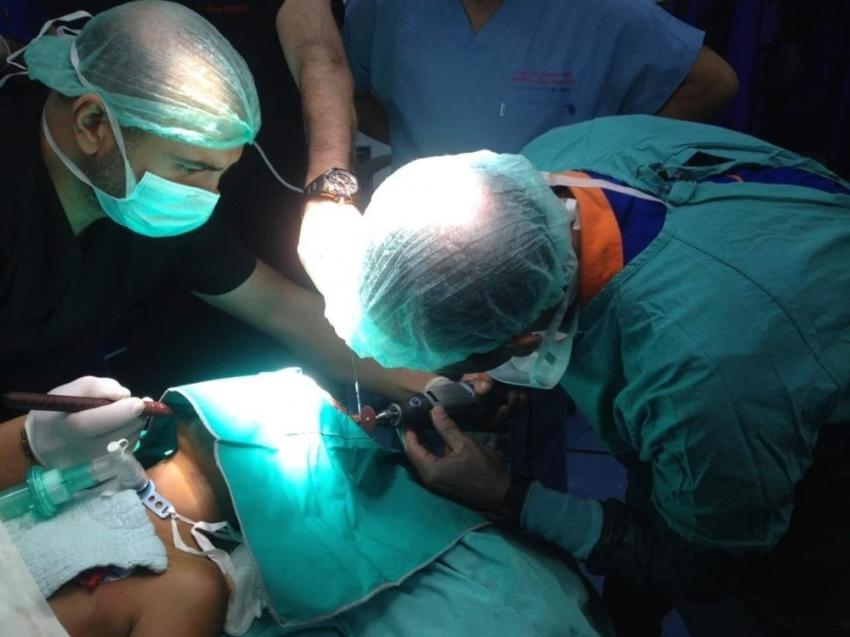 Kafasına demir saplanan çocuk ameliyata alındı