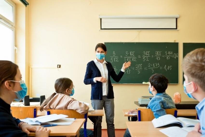 Bakanlıktan virüslü öğrenciler hakkında genelge