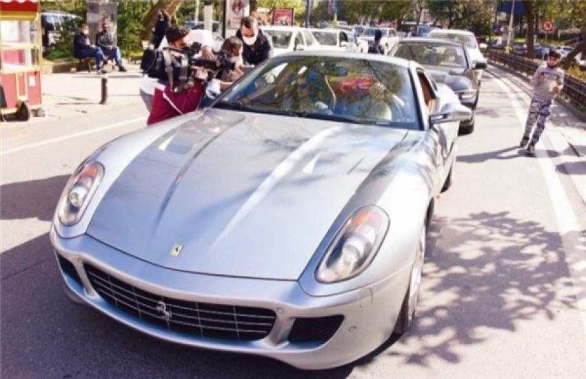 Burak Özçivit, istediği otomobili Bursa'da buldu