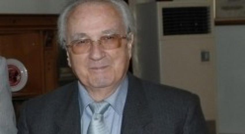 Bursa eski valisi Zekai Gümüşdiş hayatını kaybetti!
