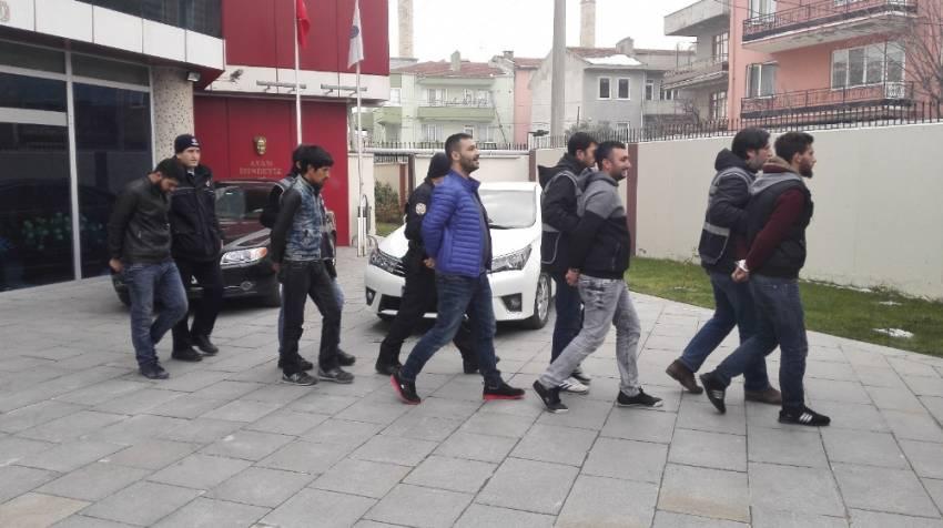 Dolandırıcılık yapan sahte polisler tutuklandı